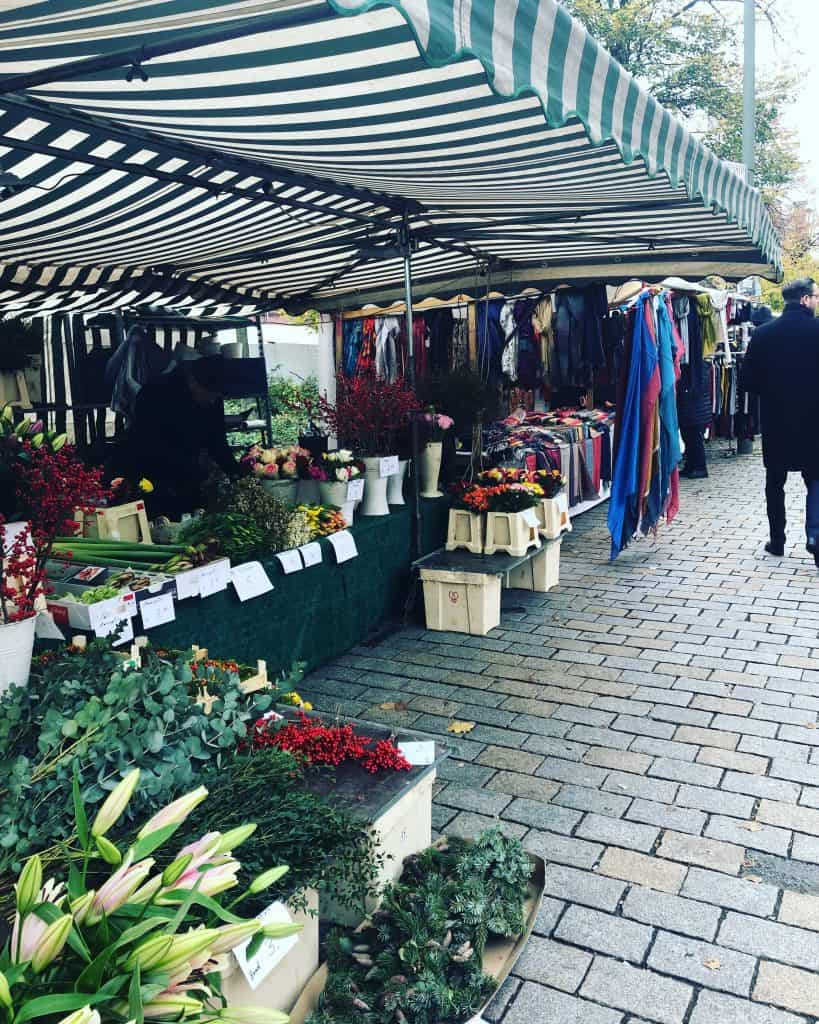 hackescher-markt-stalls-berlin