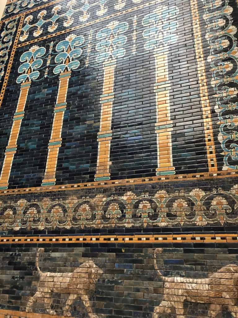 Ishtar-Gate-close-up-from-Pergamon-Museum-Berlin