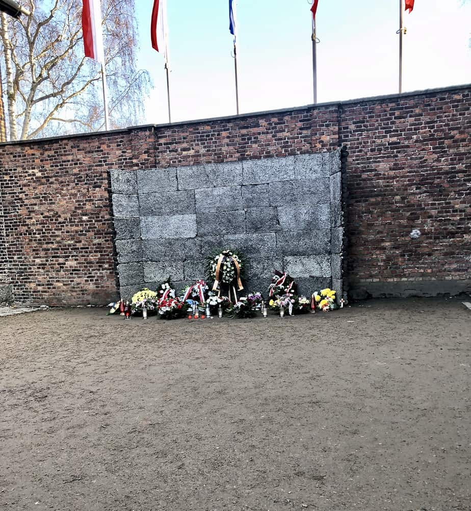 The-wall-of-death-at-Auschwitz