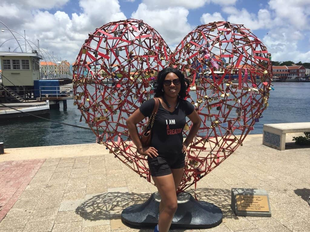 Girls-trip-to-Curacao